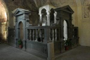 Bolsena_kirche_Santi_Giorgio_e_Cristina_altar