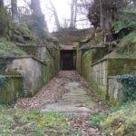 ingresso tombe golini